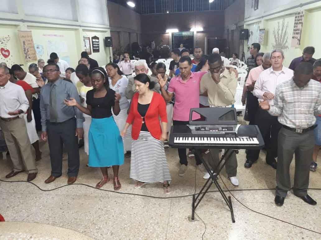 servicio de adoración